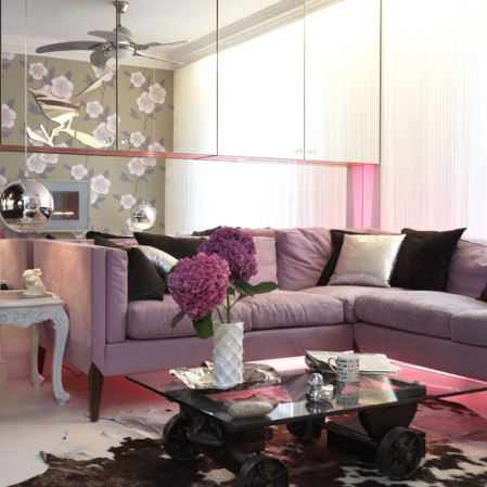 ديكورات rose-living-room.jpg