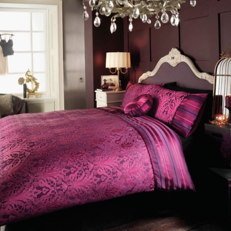 roomenvy - dramatic damask bedroom