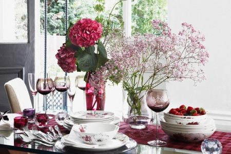 roomenvy - dining table flower power