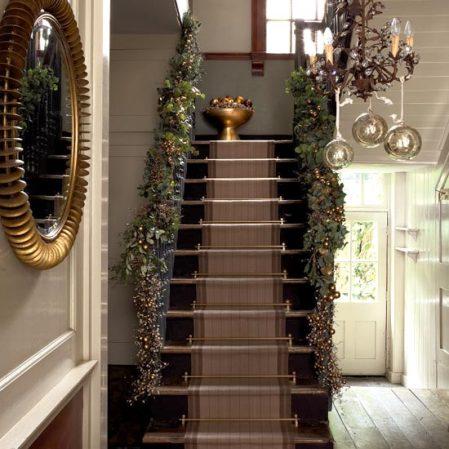 roomenvy - classically golden Christmas hallway