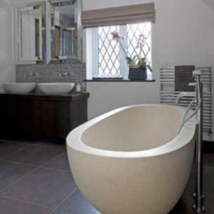 roomenvy - subtle grey tones bathroom