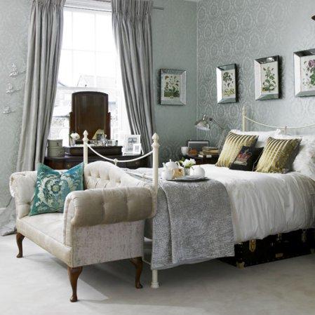 roomenvy - glamorous boudoir-chic bedroom design idea