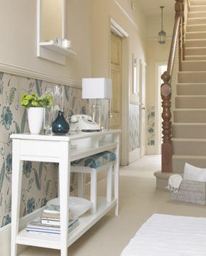 roomenvy - pretty blue wallpaper hallway