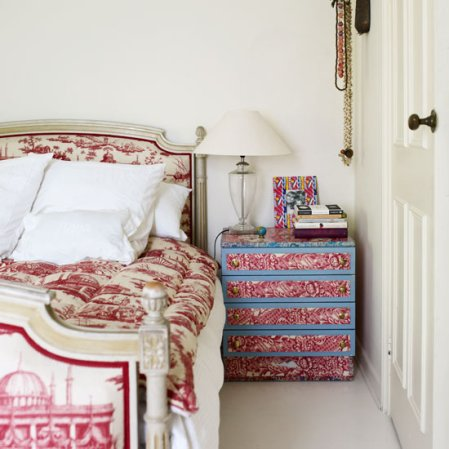 roomenvy - wallpapered pink bedroom furniture