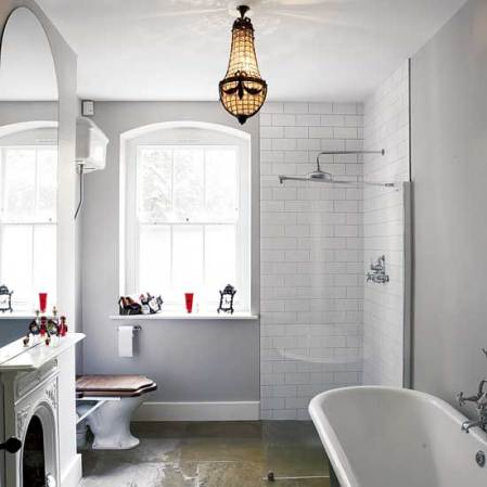 roomenvy - Victorian-style bathroom