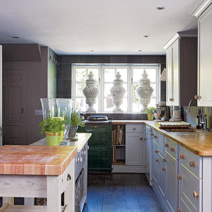 roomenvy - country manor kitchen