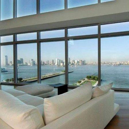 roomenvy - lustful living room