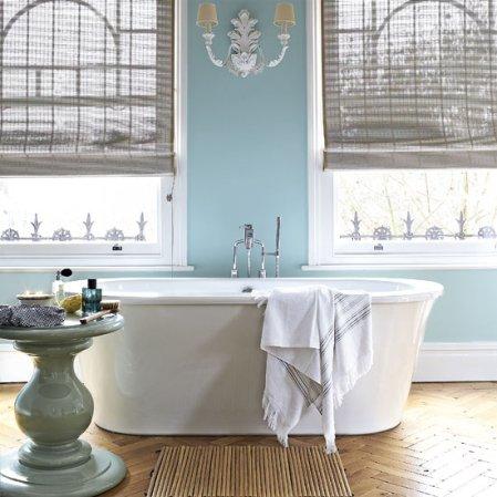 roomenvy - elegant period-style bathroom decor