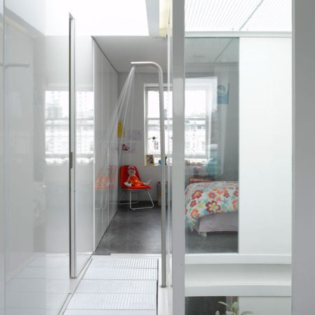 roomenvy - hallway ensuite bathroom