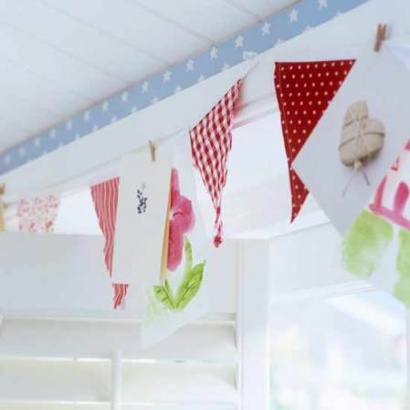 roomenvy - pretty bunting flags for a children's room