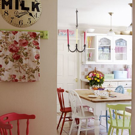 roomenvy - vintage country kitchen-diner