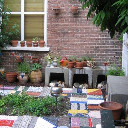roomenvy - colourful garden design