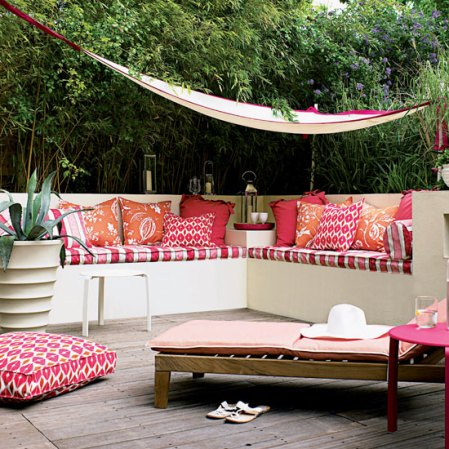 roomenvy - exotic outdoor seating area