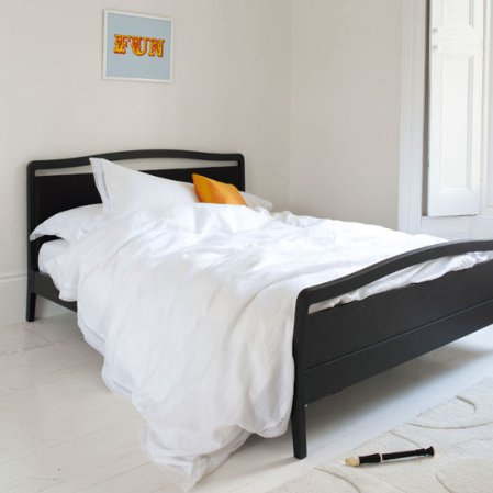roomenvy - black and white bedroom ideas