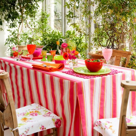 roomenvy - how to make a country tablecloth