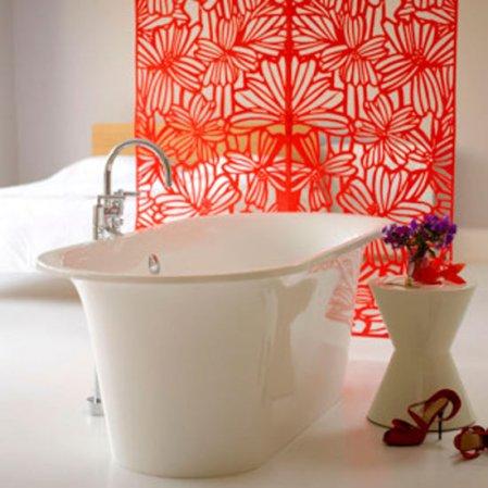 roomenvy - Oriental-inspired bathroom