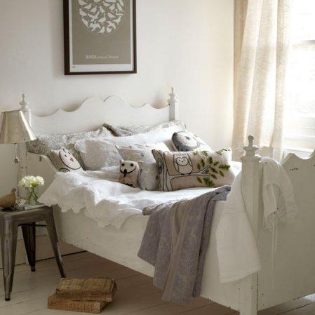 roomenvy - country bedroom decorating idea