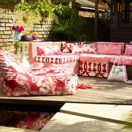 roomenvy - colourful outdoor seating