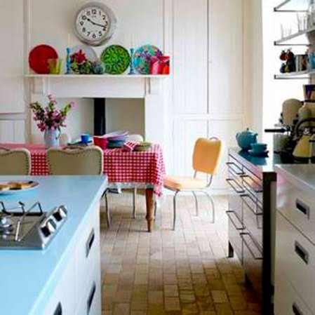 roomenvy - colourful accents kitchen-diner