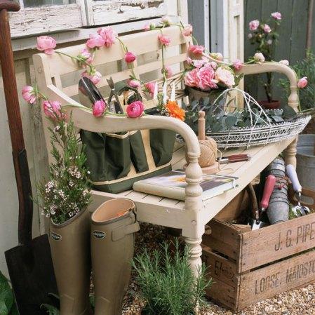 Small garden ideas - make a feature out of your garden bench - housetohome