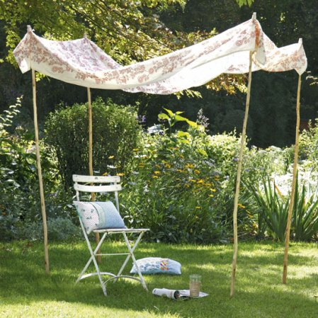 roomenvy - country-style canopy