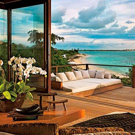 roomenvy - tropical terrace