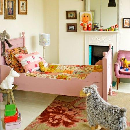 roomenvy - cute girl's bedroom idea