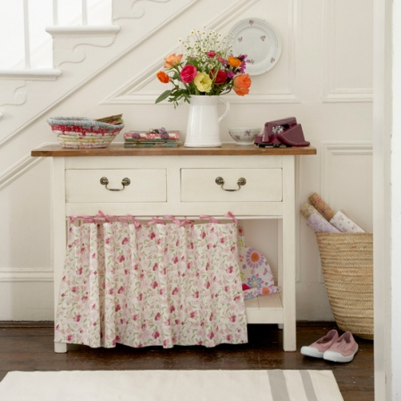 Ditsy florals - Country Homes & Interiors - Roomenvy