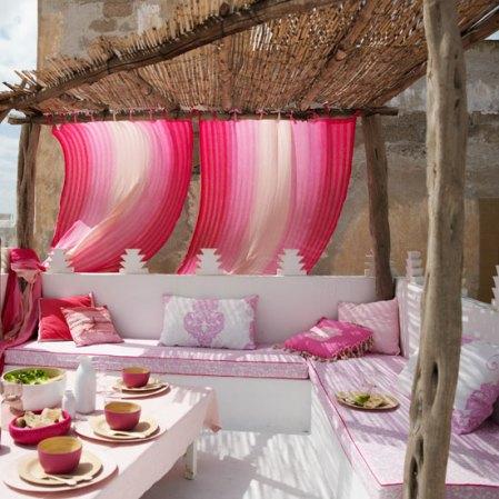 roomenvy - vibrant garden terrace