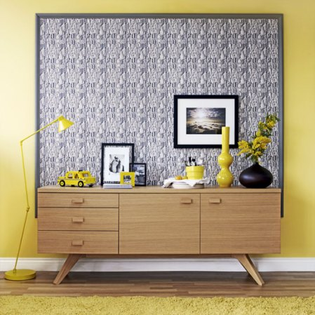 roomenvy - yellow feature wall