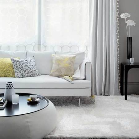 White living room - Summer of Love - Roomenvy