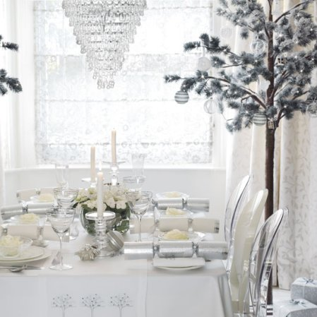 Formal dining room | Christmas | Christmas decorating ideas | John Lewis | image | Roomenvy