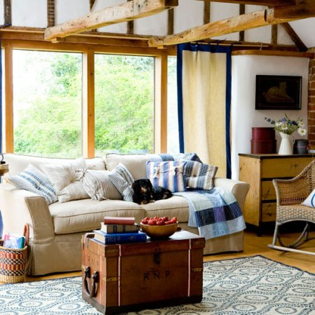 Ideas for decorating a living room in New England style - roomenvy