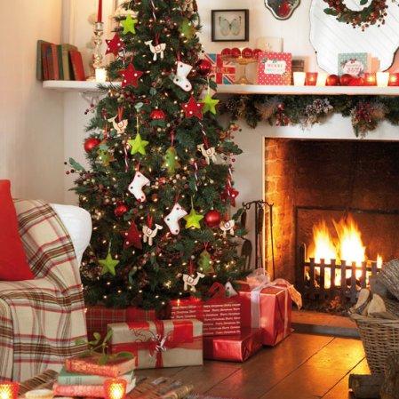 traditional living room | Christmas decorating ideas | Christmas | Tesco | image | Roomenvy