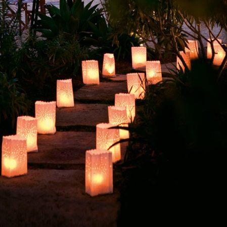 roomenvy - wintry paper lanterns