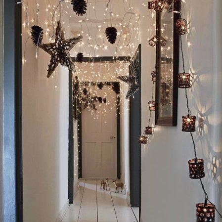 Budget Christmas | Christmas hallway | Christmas ideas | Livingetc | Roomenvy