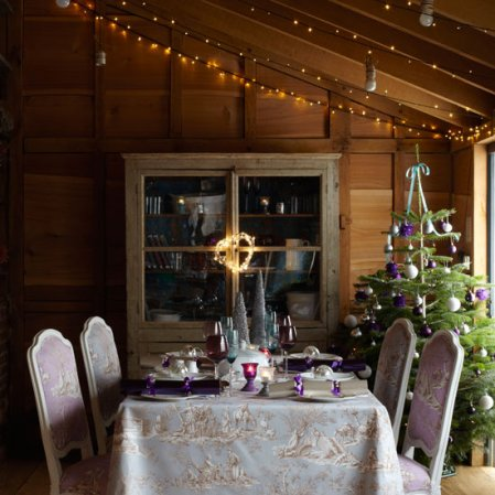 Christmas dining tables - fairy lights | Country Homes & Interiors | Roomenvy