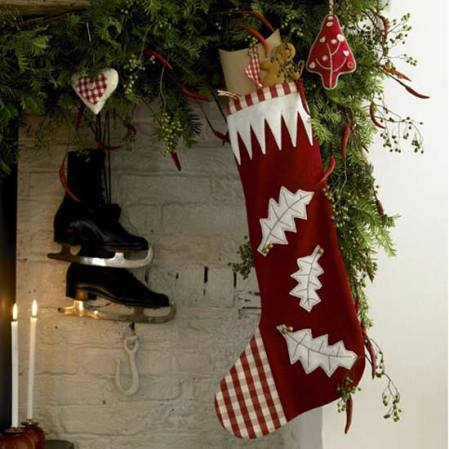 Make a Christmas stocking | Christmas crafts | Christmas | Country Homes & Interiors | Roomenvy