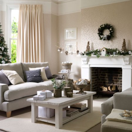 Winter Wonderland Christmas | Christmas living room | Ideal Home | Roomenvy