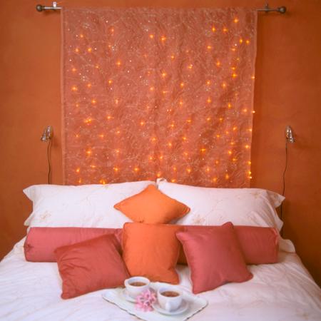 Fairy lights | Valentine's day bedroom | Valentine's decorating ideas | romantic decorating ideas | roomenvy