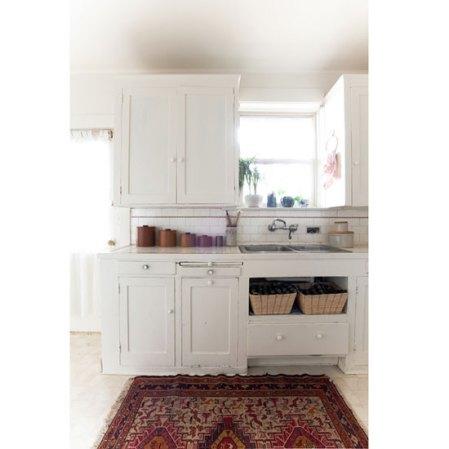 ds-ashley-white-vintage-kitchen-rug