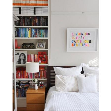 colour-coded-bookcase